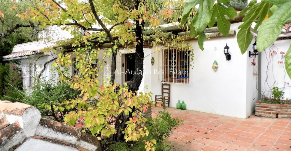 Country Home for sale in Canillas de Albaida Málaga