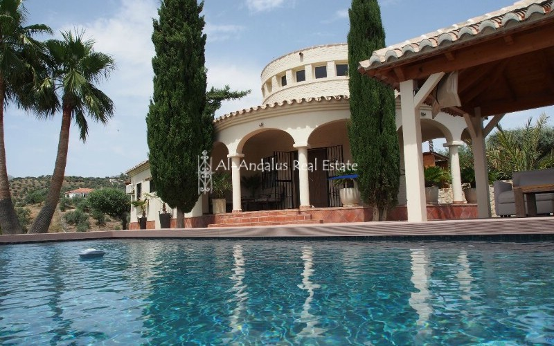 Country Home for sale in Riogordo Málaga