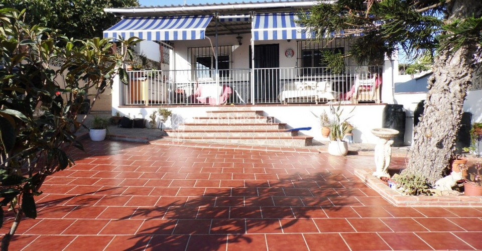 Villa for sale in Benajarafe Vélez-Málaga, Málaga