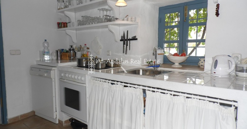 Village/town house for sale in Moclinejo Málaga